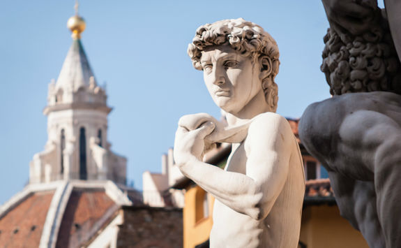 florence symbols mihelangelo's david and dumo cathedral