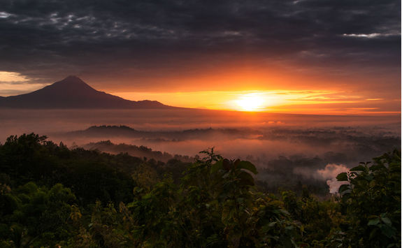 mount merapi sunset