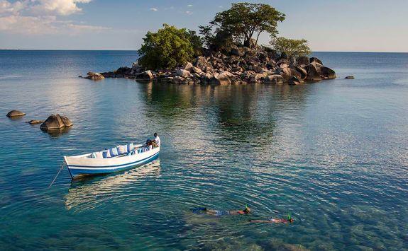 Kaya Maya boat