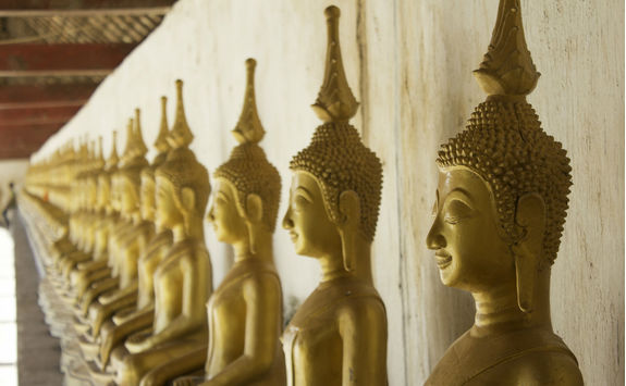 Buddha Statues in That Ing Hang