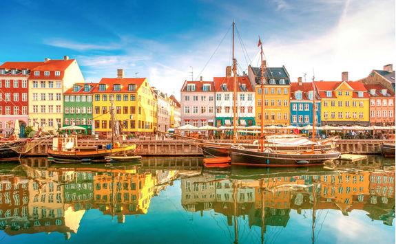 Copenhagen river bank