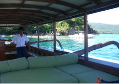 amanwana boat