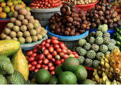 bali fruit market stall