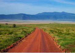 ngorongoro crater road