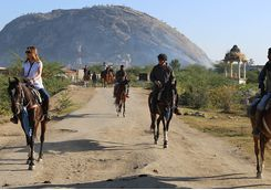 Rawla Narlai riding