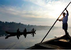 lake vembanad fishermen