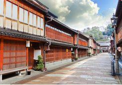 kanazawa higashi street