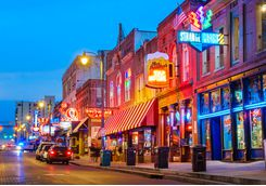 beale street music district in memphis