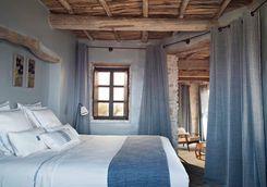 Bedroom at Maison des Arangiers