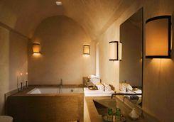 Kasbah Bab Ourika Deluxe Bathroom