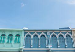 Phuket Tow, Colonial facades