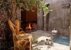 Outdoor shower at Areias do Seixo