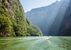 sun shining on water at Canyon de Sumidero
