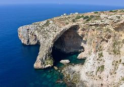 the blue grotto cave