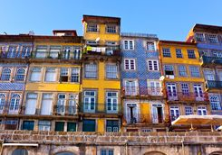 traditional houses in Porto