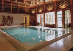 Indoor spa swimming pool