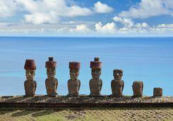 Statues on Anakana Beach