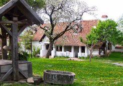 a tradtional well at Miklosvar