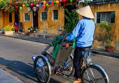Cyclo driver in Hoi An