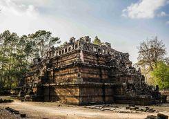 Angkor Thom ruins