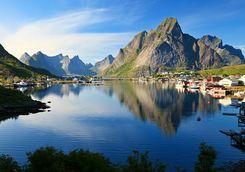 Fishing village of Reine