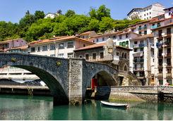 Ondarro bridge
