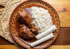 sauce mole chicken