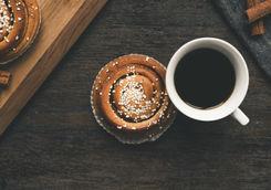 Traditional Swedish cinnamon bun with coffee