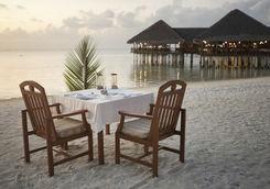 dinner beach