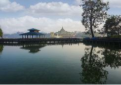 Karaweik palace Yangon