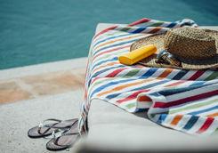 Sunbed pool