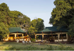 Elephant Pepper Camp lounge dining exterior