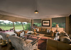 Duba expedition camp lounge