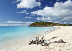 Ffryes beach in Antigua