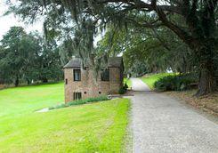 Middle Place plantation