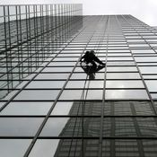 Abseiling skyscraper