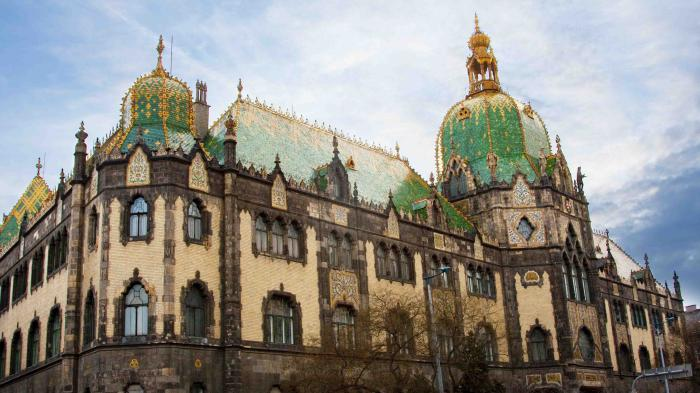 Art Nouveau In Budapest Cnn Discover Budapest