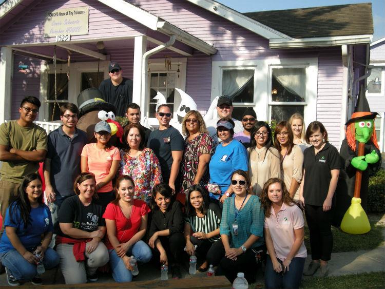 UHD volunteers at HTT Fall Festival