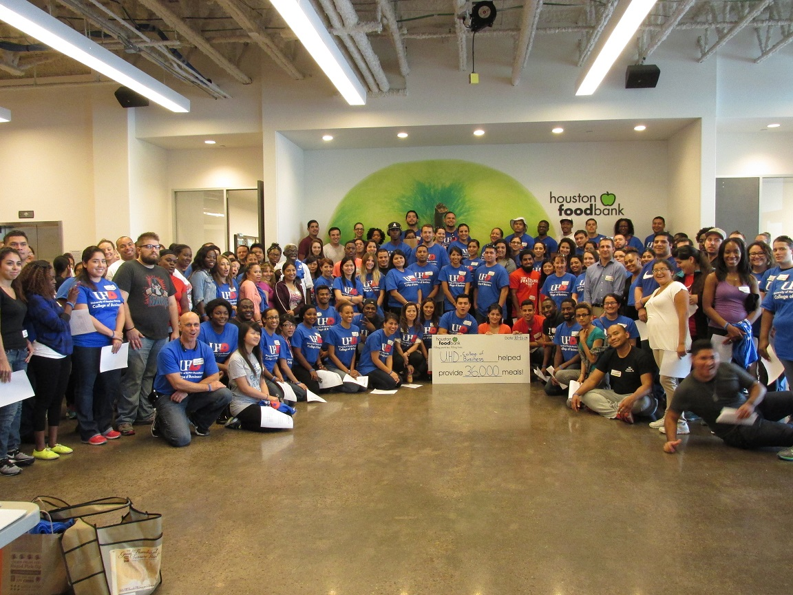 UHD students pose at Houston Food Bank
