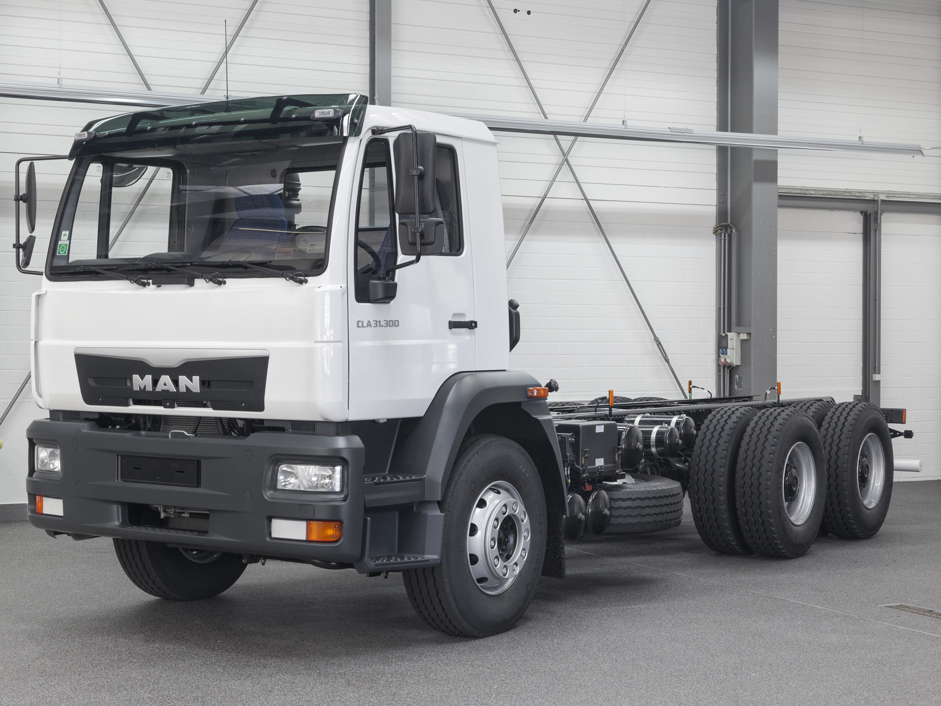 The MAN CLA series currently covers tonnages from 15 to 37 tonnes gross vehicle weight.