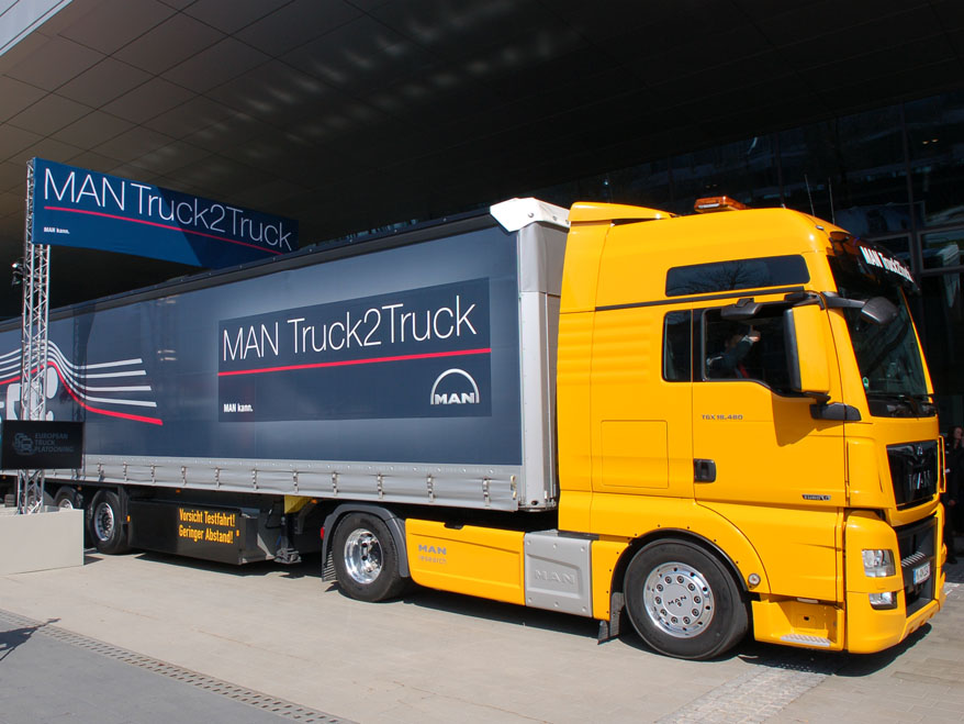 European Truck Platooning Challenge 2016: MAN demonstrates efficiency through networking