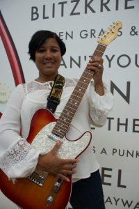 Fender1