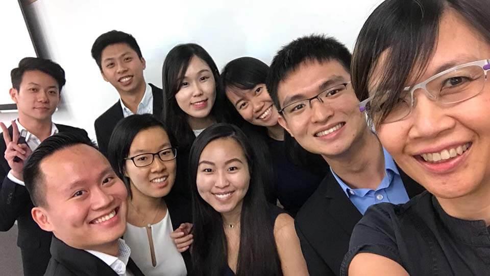 alumni-2.jpg