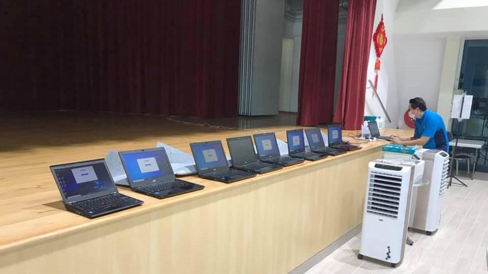 laptops for families_2.jpg
