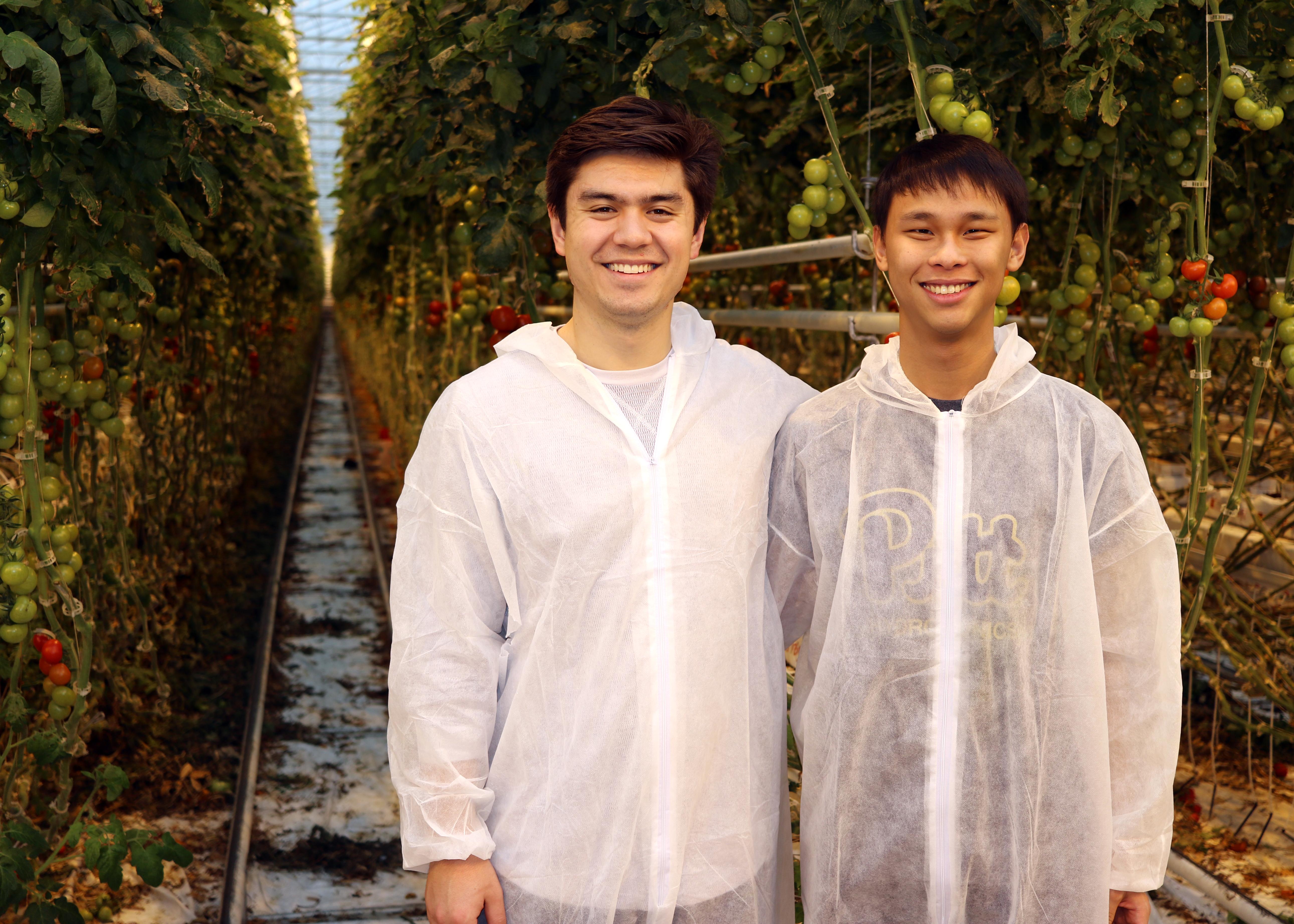 four-growers-team
