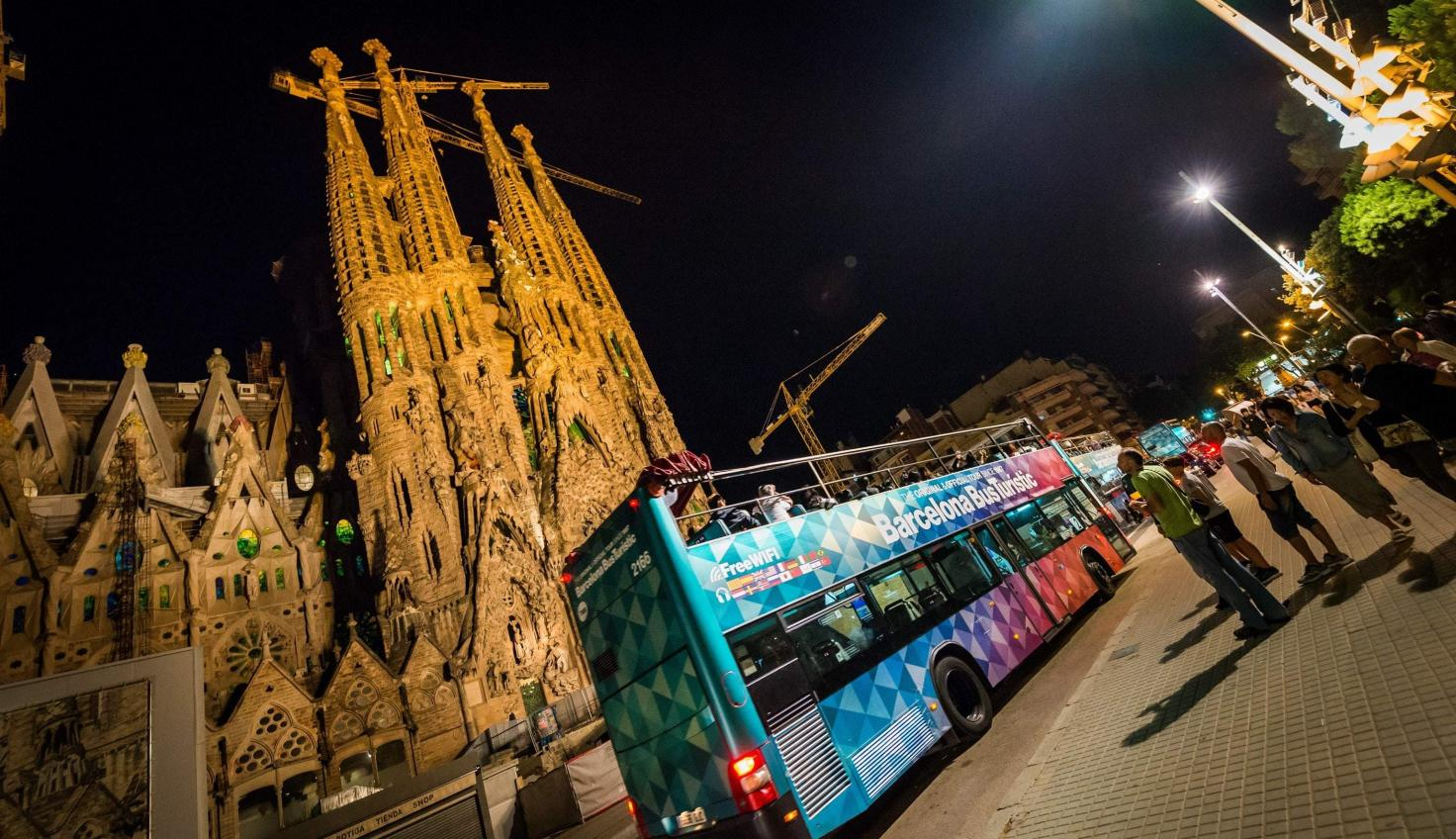 Photo Sagrada Família Night