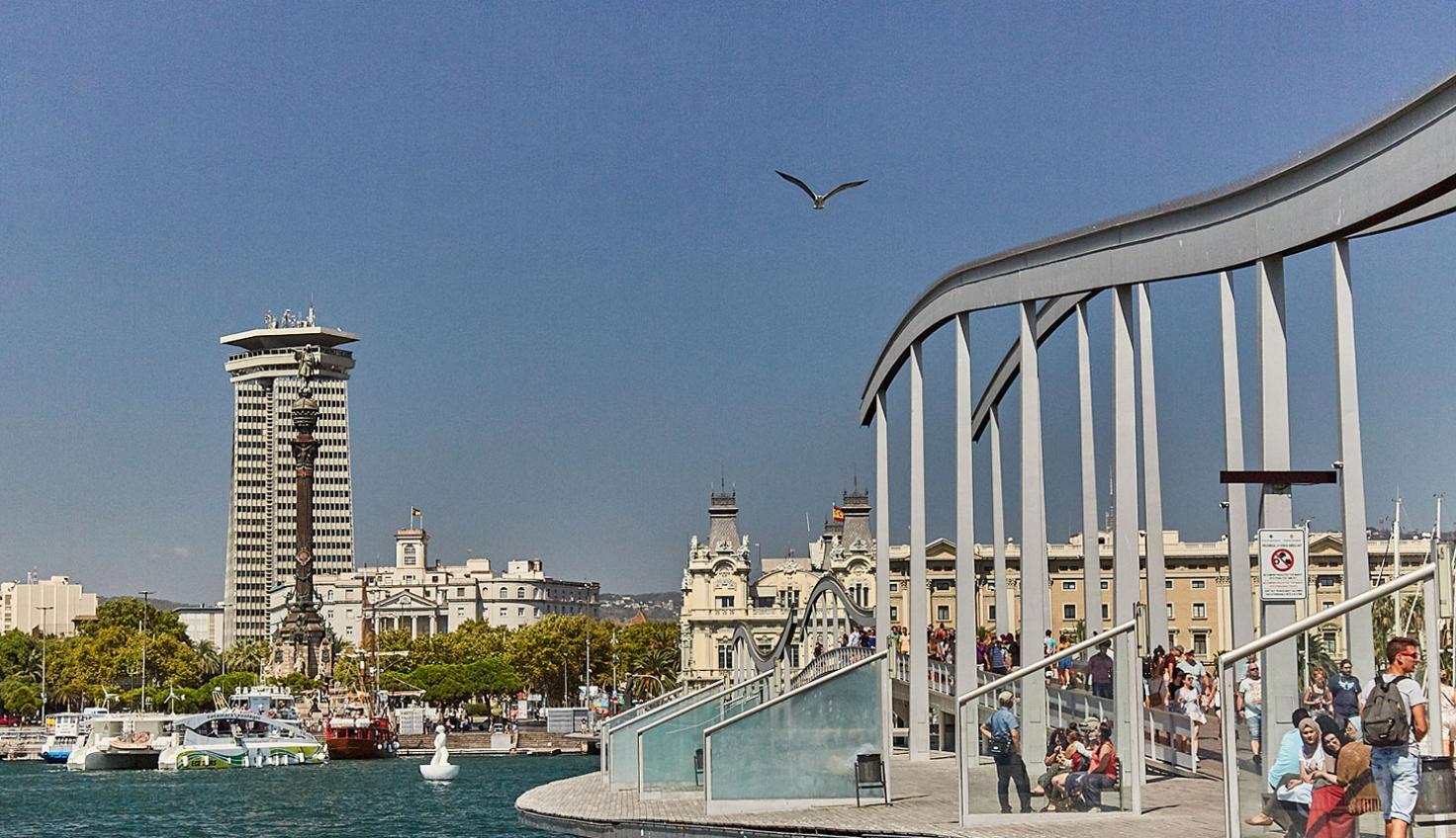 Le quai d'Espagne