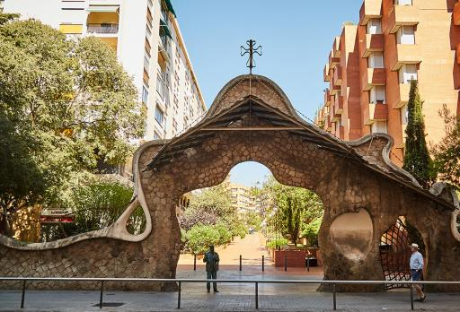 Eingangstor der Finca Miralles - Antoni Gaudí fotografie