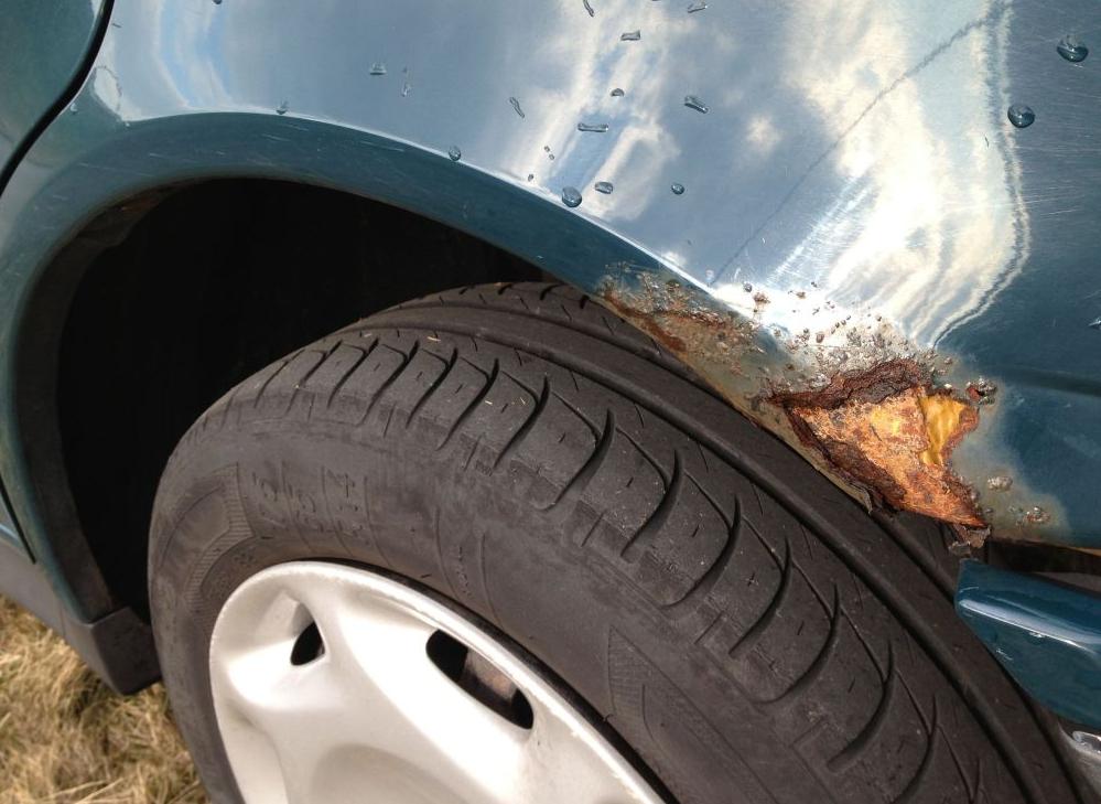 Autowaarde en beschadigingen
