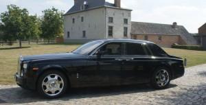 SUV lijkt op Rolls Royce Phantom II